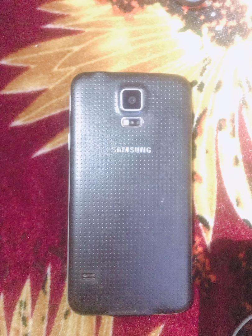 Galaxy s5 Black10/10,No Chasky,Only Interested 0