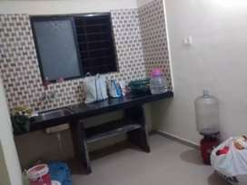 Required 1 female roommate in 1 BHK flat