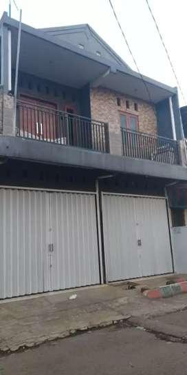 Dijual cepat owner BU Rumah plus toko dipinggir jalan kampung termurah