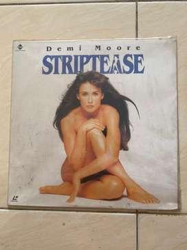 Koleksi Laser Disc Film dan Musik