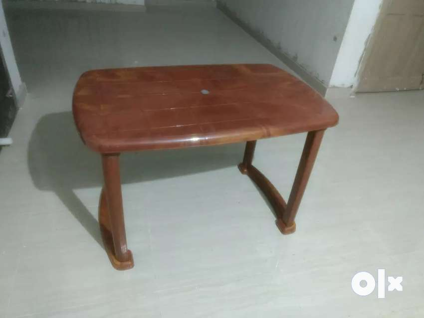 DINING TABLE 4 Seater (supreme) 0