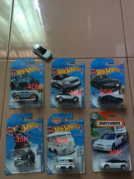Jual hotwheels hot item
