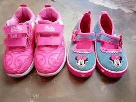 2 pasang Sepatu anak merk Barbie dan Minnie mouse mary jane