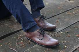 Sepatu wingtip klasik sepatu vintage sepatu pantofel pria Model Leone