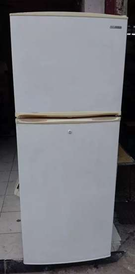 Samsung Refrigerator Rs. 7.500