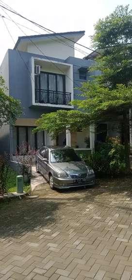 Disewakan Bulanan Rumah Mewah 2 Lantai di BNR Bogor