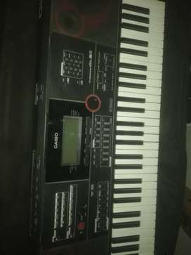 Casio ct x9000in bast conditions old 2 eyar