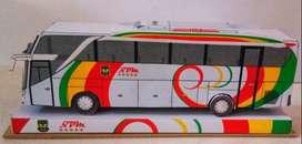 Paper craft bus