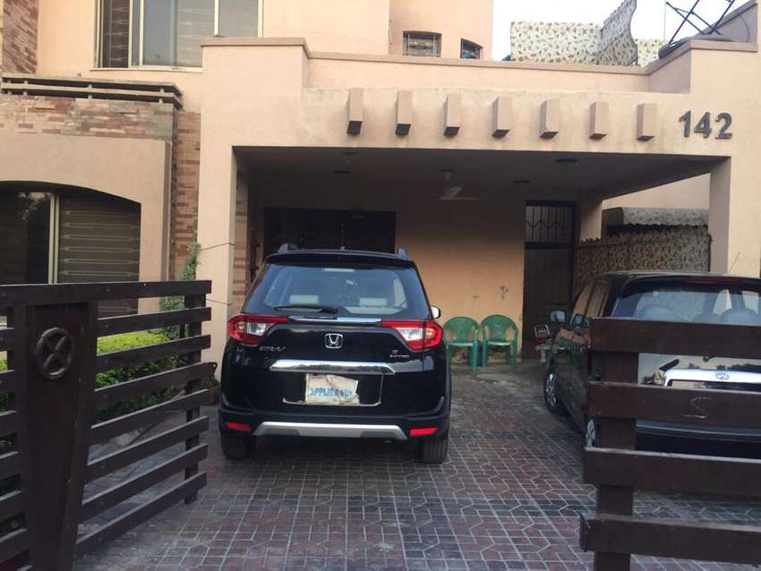 Furnished Upper portion 1 bed safari villas family only utilities incl 0