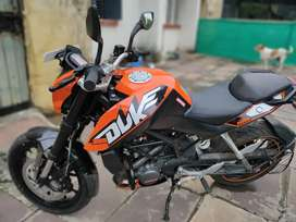 Ktm duke 200 in a very good condition.