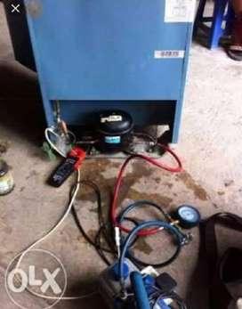 Teknisi perbaikan Kulkas,Mesin cuci & Ac