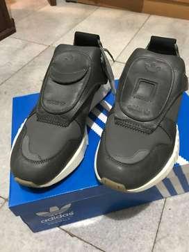 Adidas Future Pacer