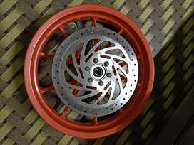 Ktm rc 200 2 mag wheels FRONT n REAR for sale wit disc plate