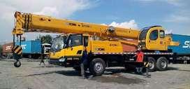 Uni Baru Mobile Crane XCMG 25 Ton Dijual Murah di Banyuwangi