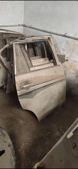 Toyota Innova rear right door