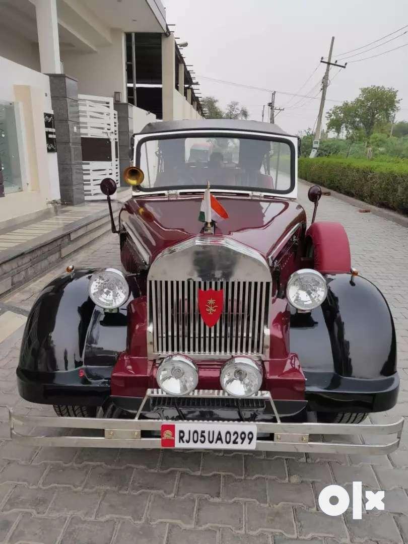 Wedding vintage car 0
