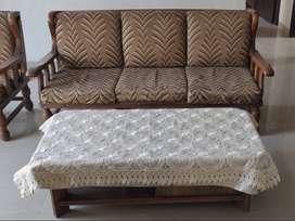 Sofa set (5 Seats + Table)