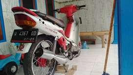 F1Z R 2001 w Sidoarjo