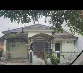 Disewakan Rumah Di Jl Magelang
