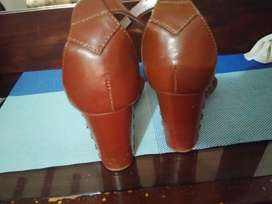 Brand indigo rd. Orignaly buy from USA...size 8 selling on discount