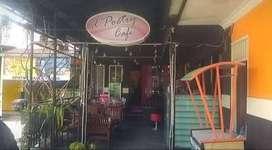 lowongan Pekerjaan Waitress dan Penjaga Stand Minuman di D'Poetry Cafe