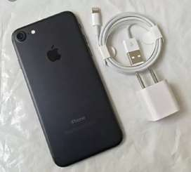 offers top deal on seal packed iphon models