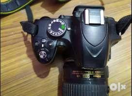 DSLR d3200 nikon in new condition