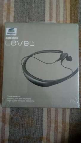 Samsung Level U headset brand new