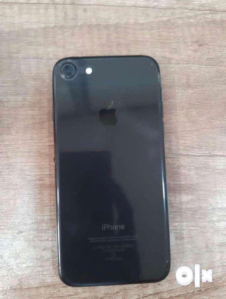 Apple I Phone 7 32 GB 0