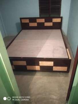New cots Queen bed