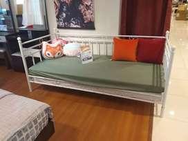 kredit sofa ranjang