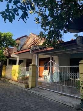 Dikontrakan rumah 2 lantai daerah Pulau Moyo