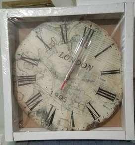 Jual jam dinding edisi London (harga nego)