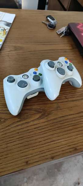2, X-box 360 controllers