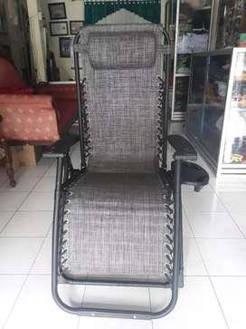 "Kursi Lipat dan Santai ""Zero Gravity Chair"""