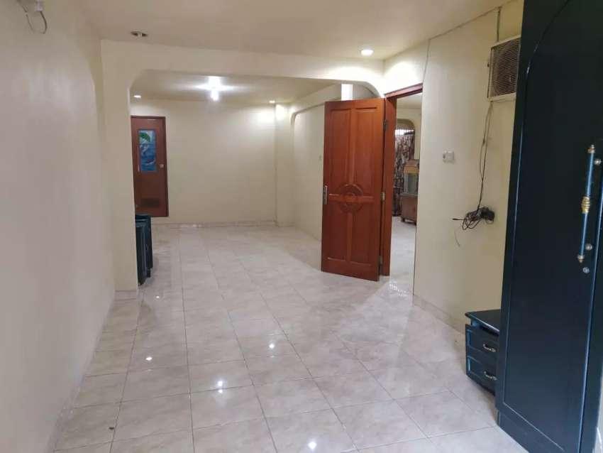 JUAL rumah kos kosan gudang online shop kantor di Jatinegara 0