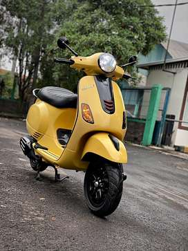 Vespa LX 125 iGET 2019/2018 Giallo Lime (Yellow) Mods Simple