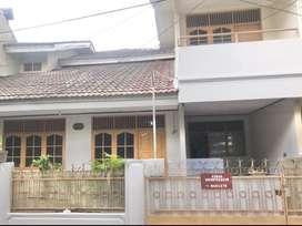 Disewakan rumah di Jatiwaringin