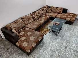 Sofa | 9 Seater