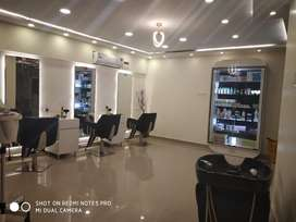 Unisex salon for Sale (or) wanted Bunisess Partner for salon.
