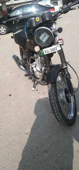 Suzuki gs 150 in good condition for urgent sale neat and clean engine