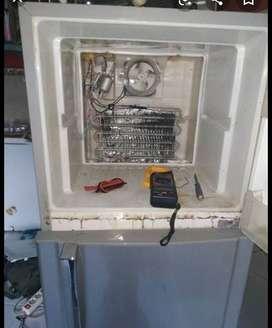Servis kulkas, perawatan AC, mesin cuci,pompa air ,,dll
