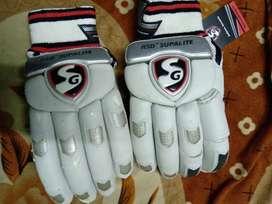 SG Test grade batting gloves