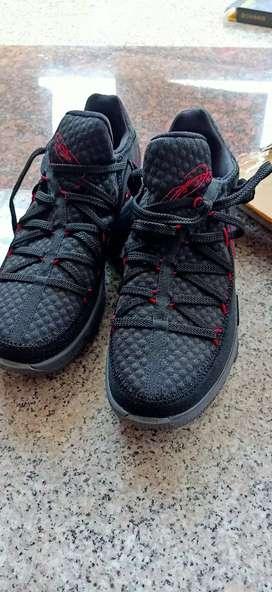 Jual sepatu Nike nego sampai jadi