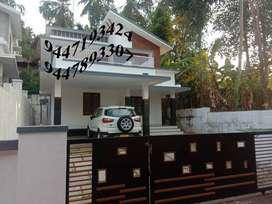 New house near Vellimadukunnu.Price:93 Lakhs,Area :6. Cents