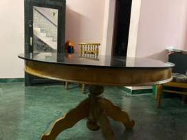 4. Seater dinning table
