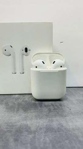 Apple Airpods 2 Under Warranty