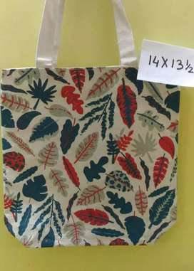 Manufacturers of jute and canvas bags from Kolkata