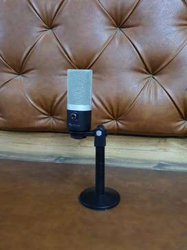 4500 ONLY Fifine USB Microphone / BEST QUALITY/ PREMIUM USB MIKE