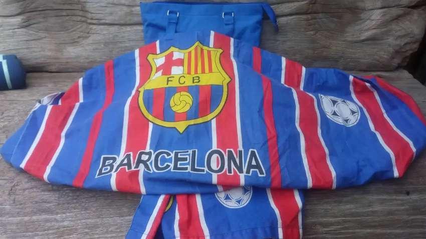 Gendongan anak Bayi nursing ibu menyusui depan samping kain Barcelona
